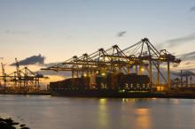 中国正式接管瓜达尔港 填补地缘影响力空白