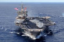 美航母被指在黄海展示舰载机起降训练