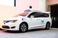 谷歌新专利:将让自动驾驶汽车充当专车接送客