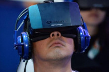 终于明白:高价虚拟现实头盔短期内难以流行